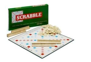 Scrabble, brætspil, Scrabble bratspil, brætspil til voksne, voksen brætspil, Brætspil til familier, Gaver til studerende
