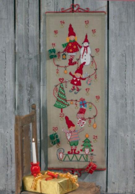 strikke julekalender, broderet julekalender, hjemmelavet julekalender, hjemmelavet broderet julekalender, DIY julekalender, julekalender gør det selv, kreativ julekalender