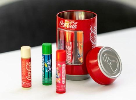 læbepomade med coca cola, coca cola læbepomade, coca cola lip balm, spirte lip balm, sprite læbe promade, læbe balsam med Sprite smag, skøre læbe promader, skøre gaver til pakkelegen, billige gaver til pakkelegen,