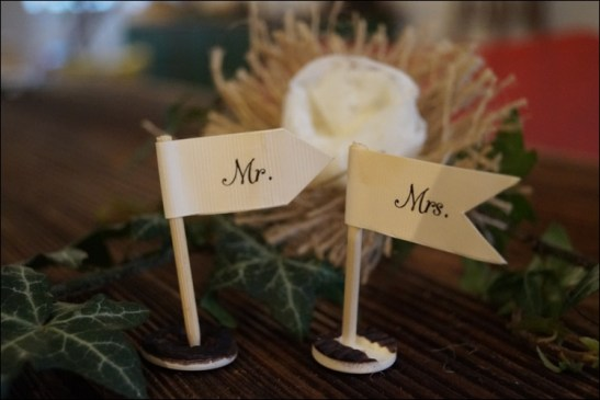 ck, DIY-Blumen, grüner Daumen, Ralph Waldo Emerson, Scheunenhochzeit, Spitzen-Vintage-Look, Tischdeko Hochzeit, Vintage Wedding
