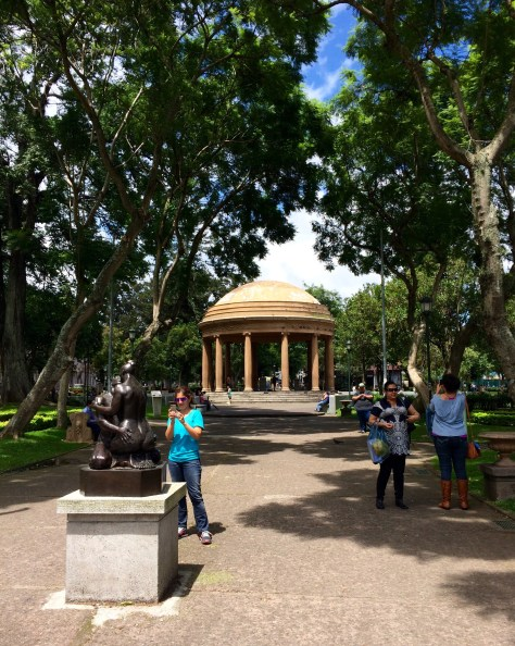 Jules photographs a loving statue at the 'Parque Morazan' entry