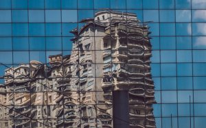 Building deconstructing