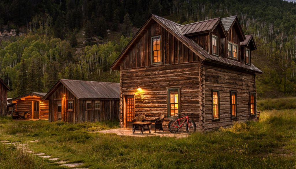 Dunton Springs luxury cabin
