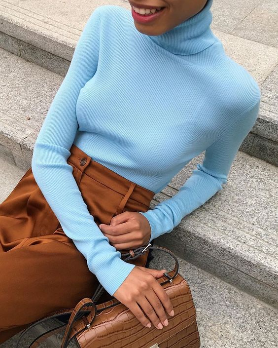 blue shirt streetstyle