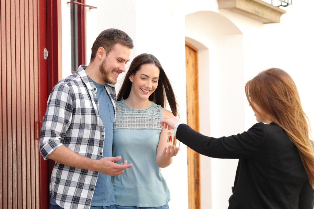Ask for a detailed list of your closing costs before choosing a lender.