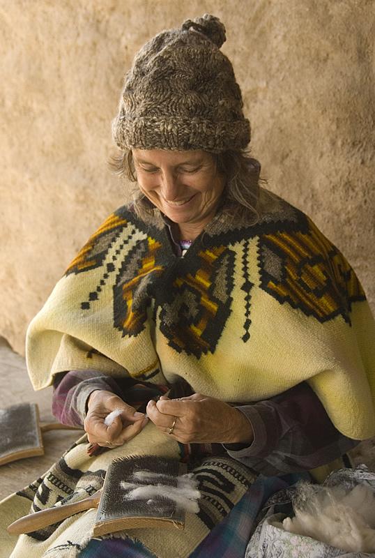 Spinning wool thread