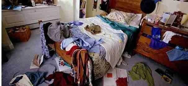 Declutter your home: the bedroom