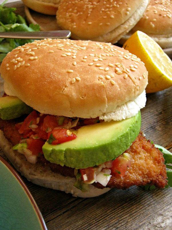Mexican Style Crispy Chicken Burger Julia S Cuisine