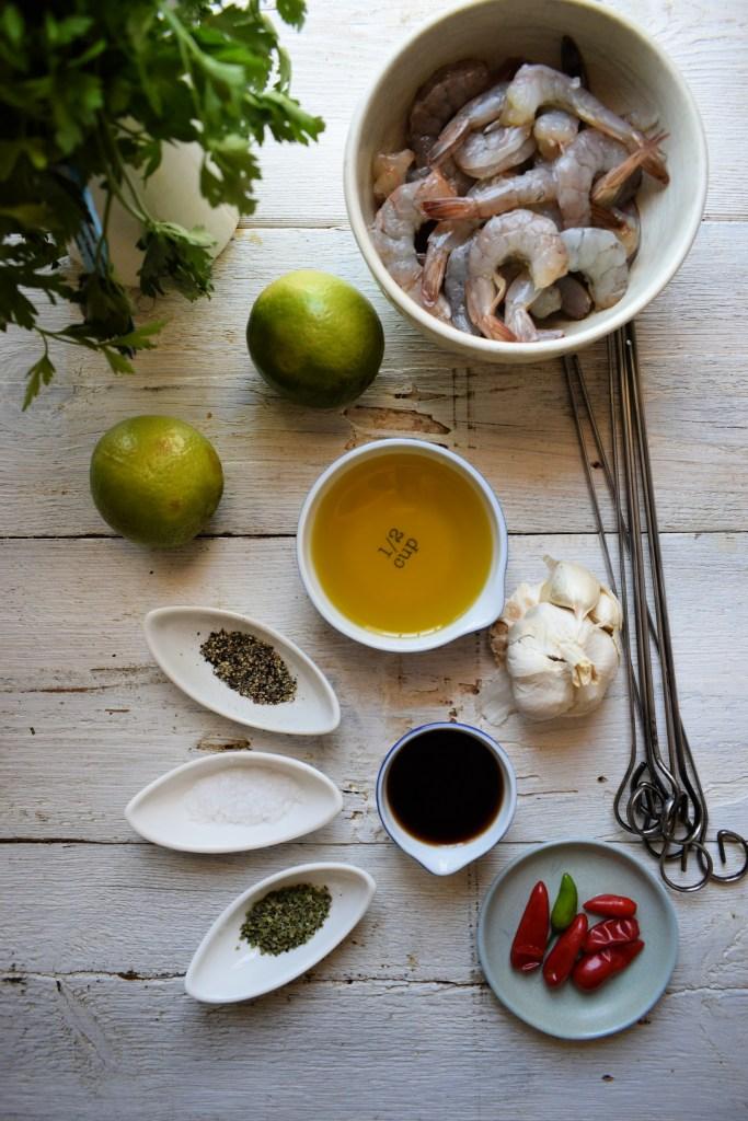 Fresh ingredients to make shrimp skewers