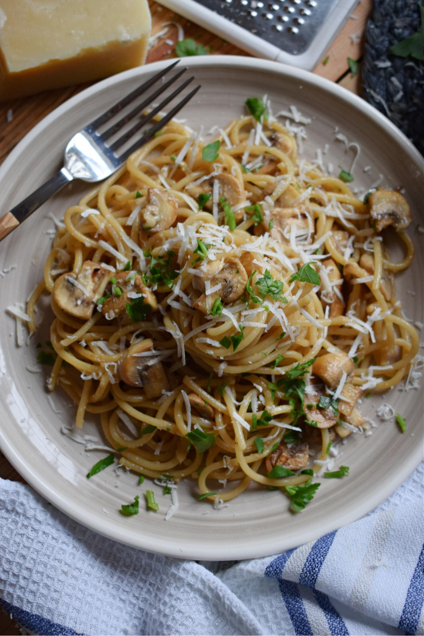 Garlic Mushroom Spaghetti on a plate