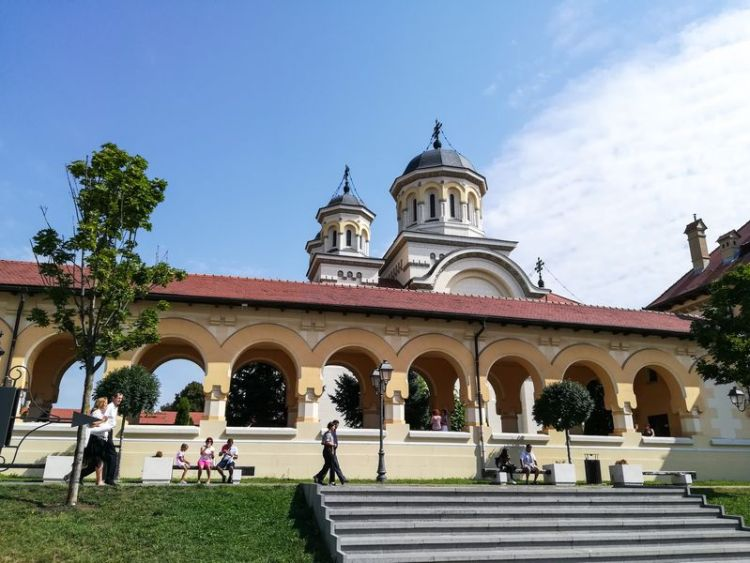 alba iulia 4 day car trip around Romania