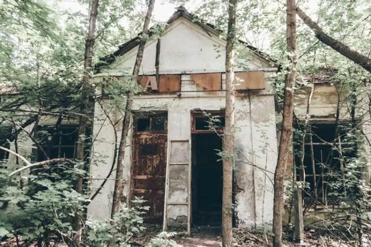visit Chernobyl abandoned village