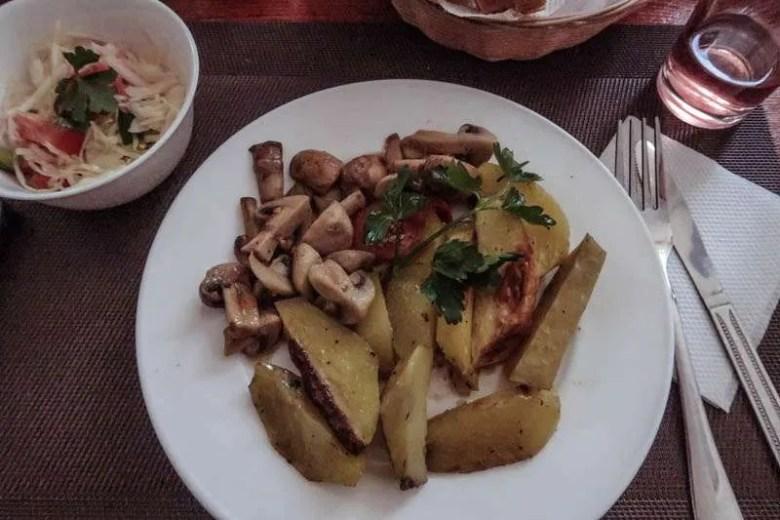 visit Chernobyl city lunch