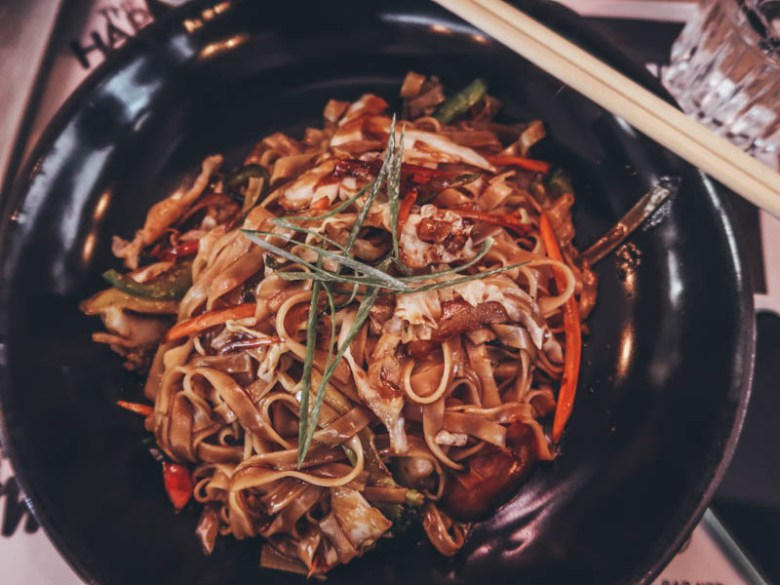 5 vegan restaurant in Athens Noodle Bar Σύνταγμα
