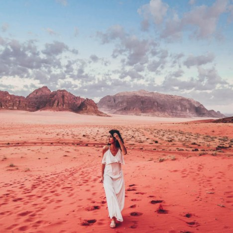 Spending a night in the Wadi Rum desert in Jordan