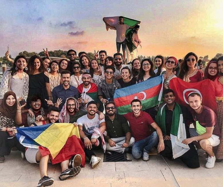 Explore the AIESEC opportunities in Romania: Interns and Volunteers