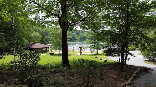 Lake for swimming in Table Rock state park