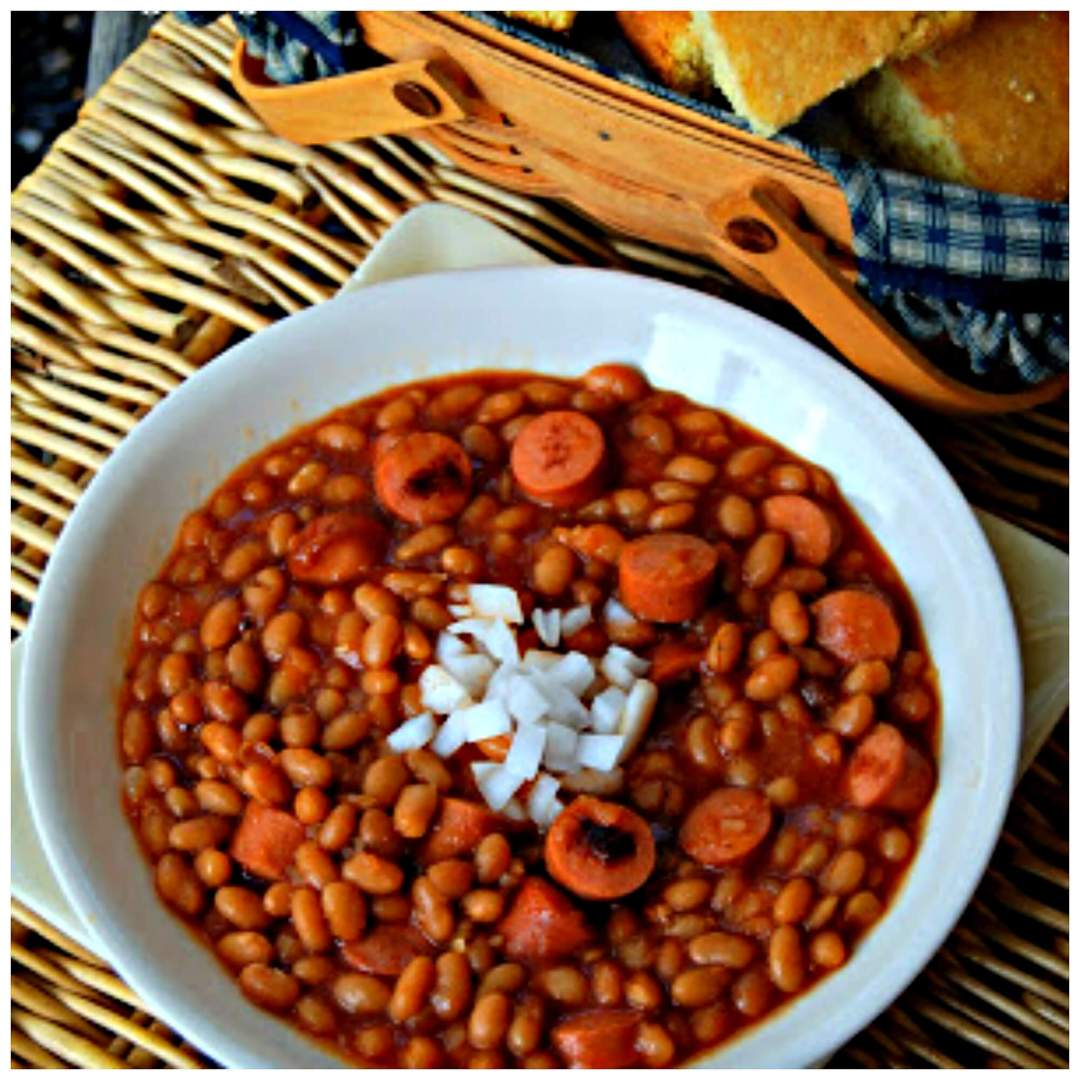 Crock Pot Beans and Weenies