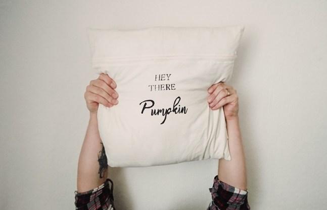 DIY Kissen bedrucken mit kostenloser Vorlage zum ausdrucken | freebie |