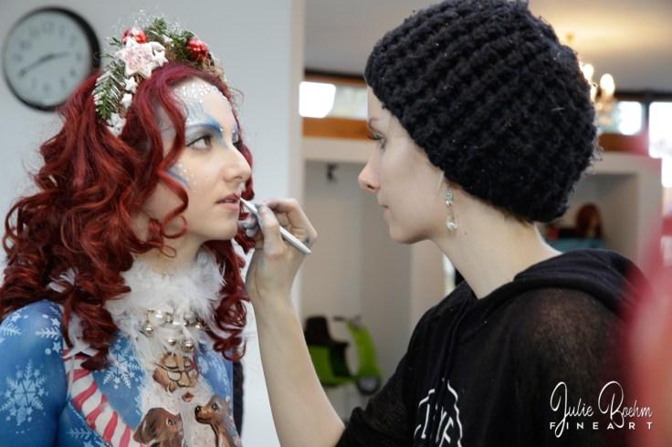 Weihnachten Bodypainting Julie Boehm ART Santa Claudia-21