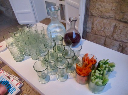 help yourself to drinks and snacks