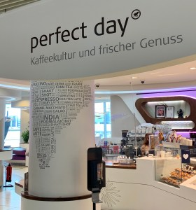 everything open at Frankfurt airport