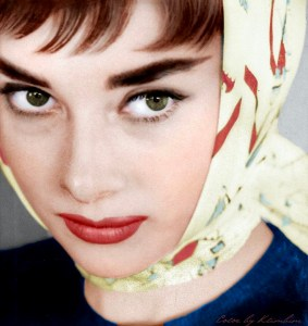 Audrey Hepburn in a Hermès scarf