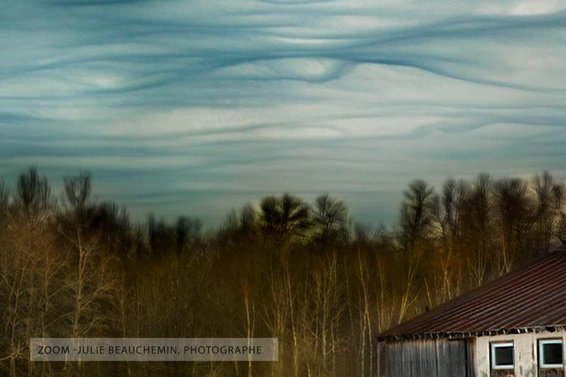 Le ciel danse et le reste dort. Zoom détail..