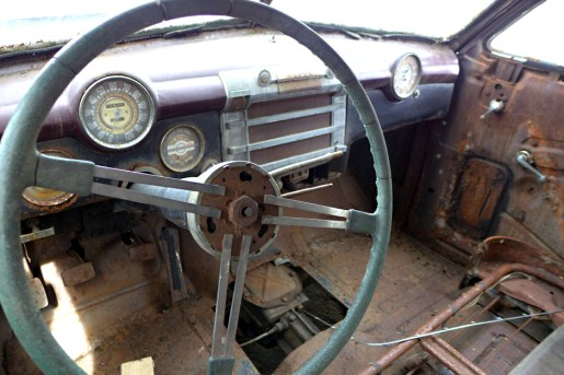 03.28.14 | rusty old car