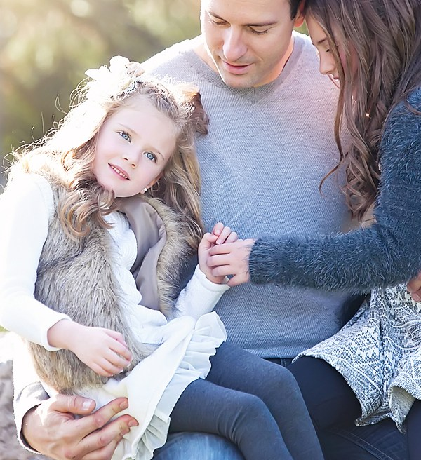How to Coordinate What to Wear for Your Family Photography Session