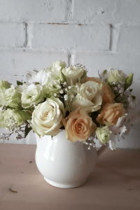Styling your handtied bouquet