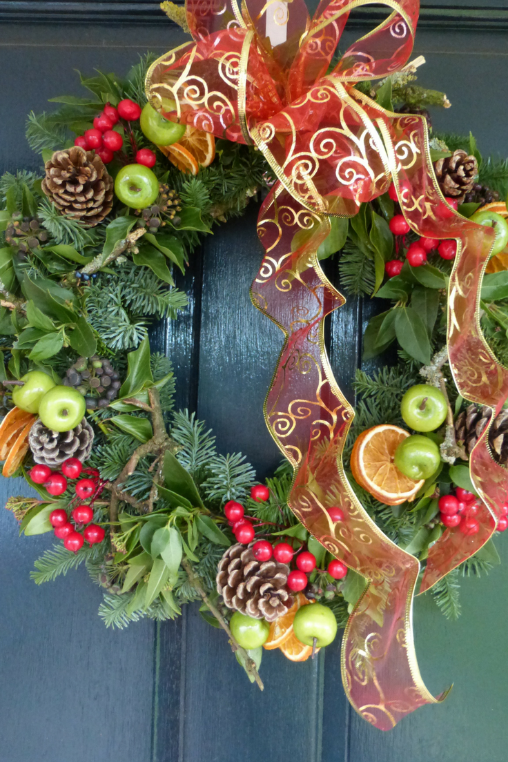 Christmas door wreath bows