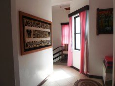 villa1 upstairs corridor