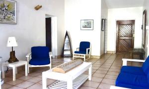 house-3-living-room1