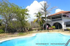 Pool to house baobab