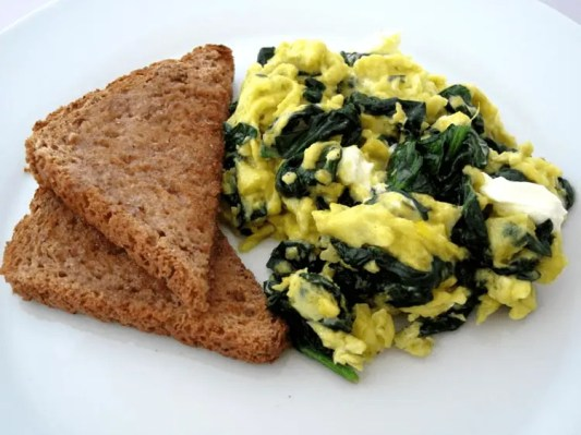 Scrambled-eggs-with-wilted-spinach