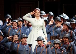 5-la_fille_du_regiment_credit_wiener_staatsoper_michael_poehn
