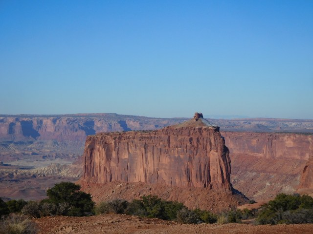 canyonlands_national_park_rim_walk_