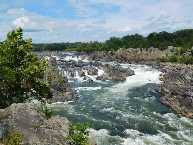 great_falls_park_overlook_2