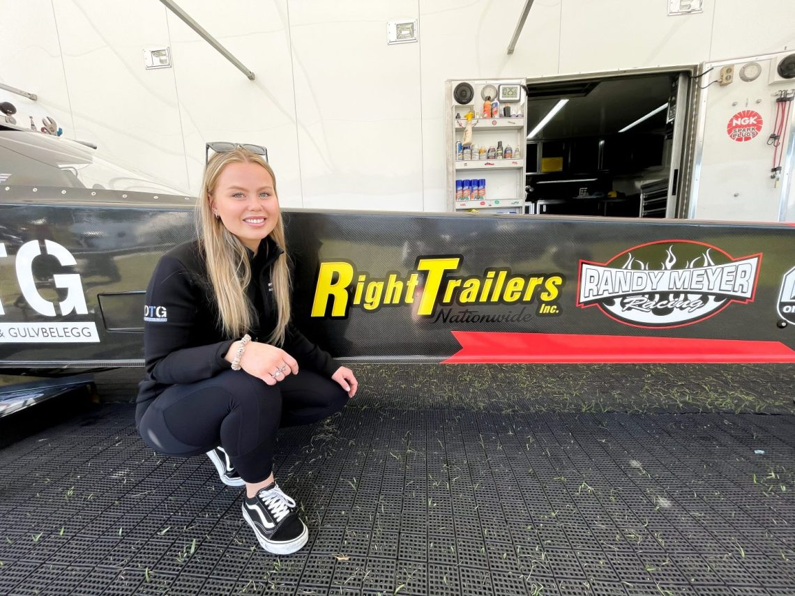 Right Trailers Partners with Julie Nataas for the 2021 Season