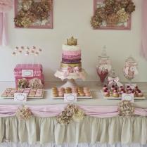 Candy dessert buffets DIY