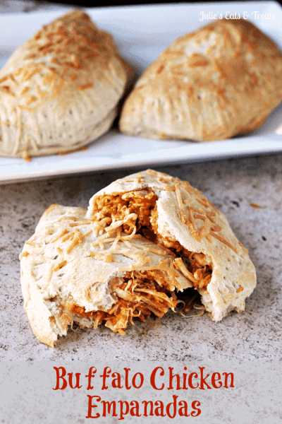 Buffalo Chicken Empanadas ~ Grands Biscuits stuffed full of Buffalo Chicken and baked to perfection! #FreshTake #shop #cbias via www.julieseatsandtreats.com