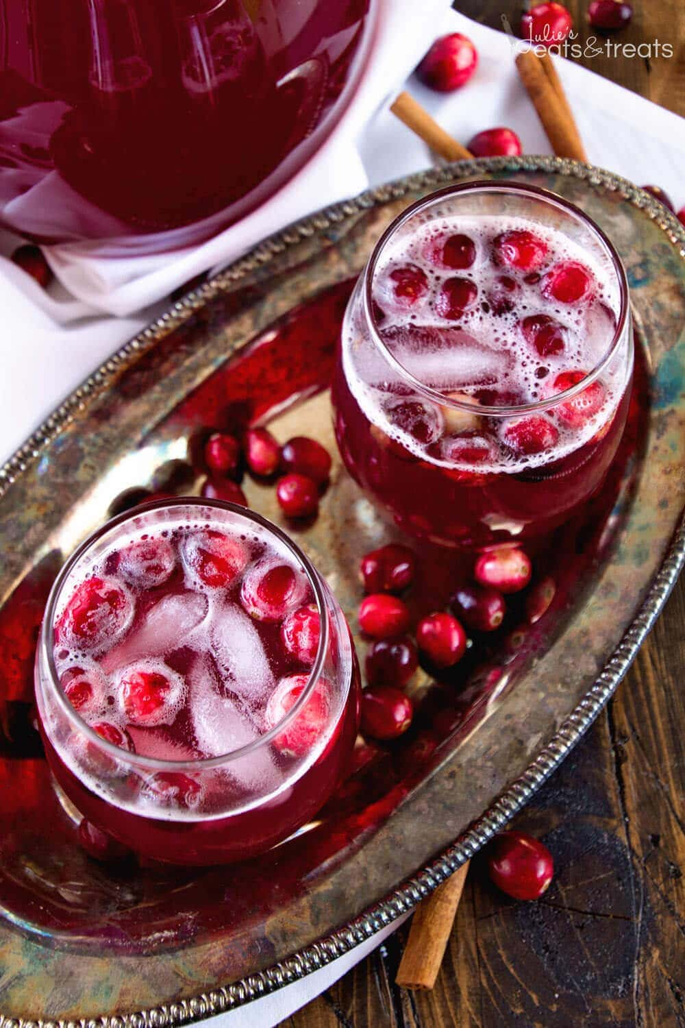Skinny Spiced Cranberry Punch Overhead