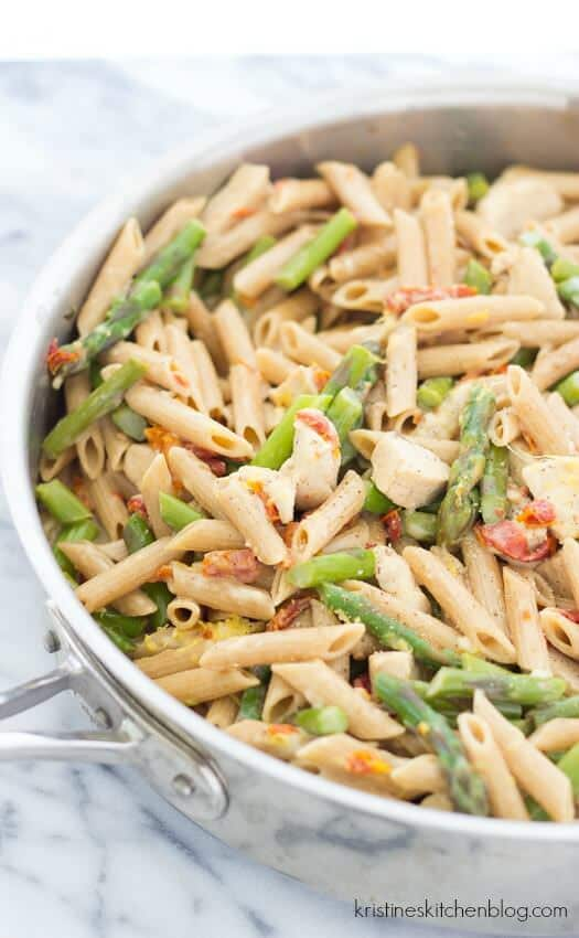 Creamy-Lemony-Pasta-with-Chicken-and-Asparagus-7982wm