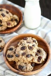 Healthy Flourless Oatmeal Raisin Cookies
