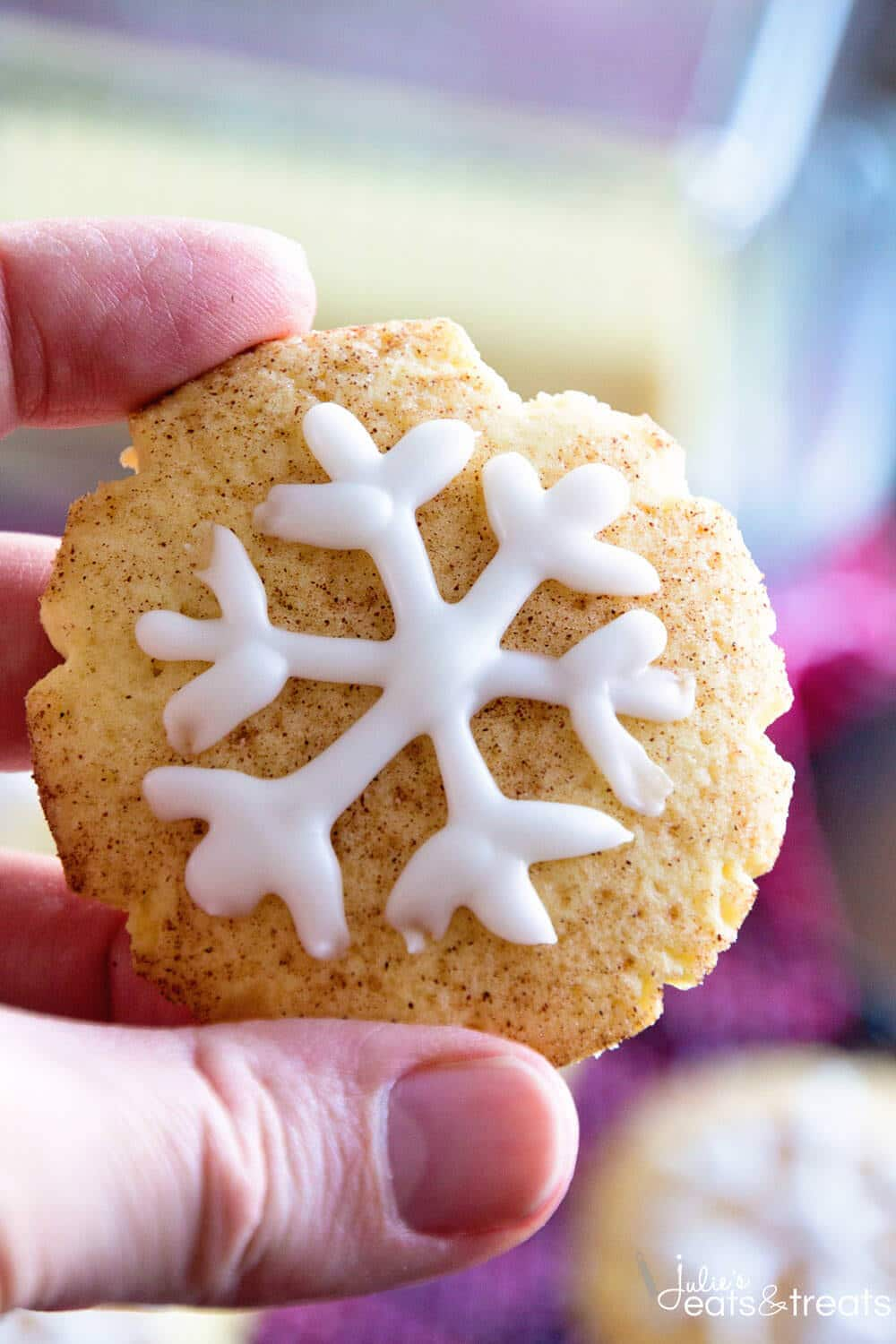 Snowflake Snickerdoodles ~ Festive Snickerdoodle Cookies for the Holiday Season with Snowflakes Piped on them in Icing! Perfect for Your Holiday Cookie Tray!