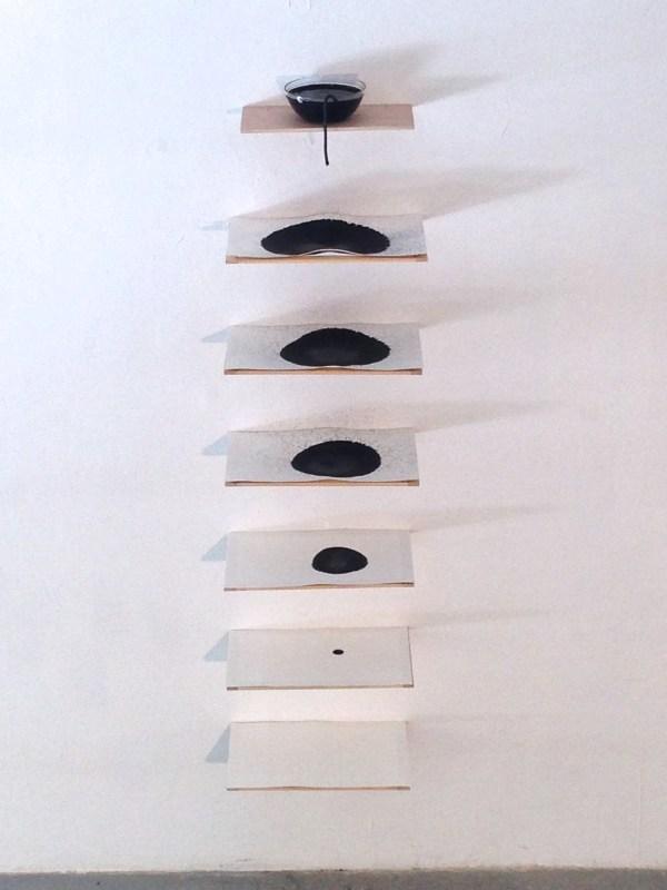 capilaridad #2 madera, bote de cristal, mecha, papel y tinta medidas variables 2014