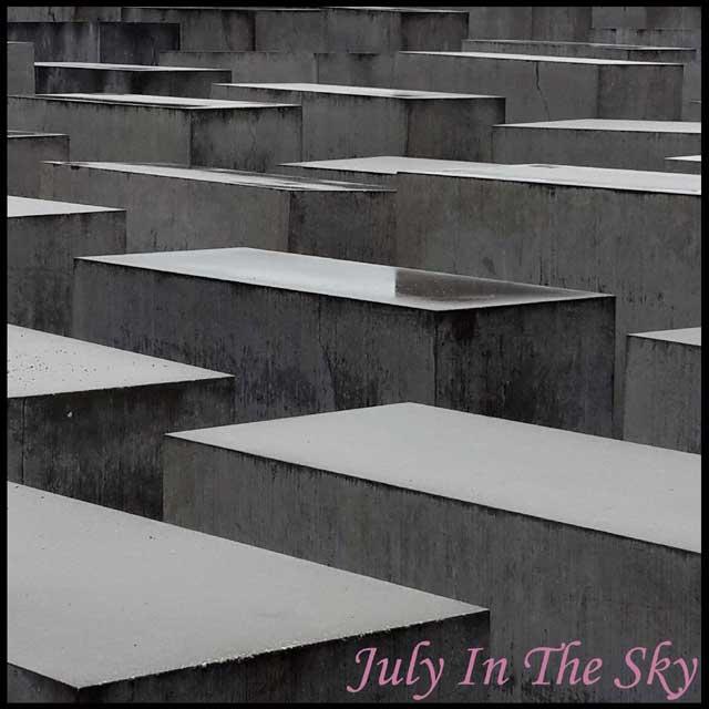 July In The Sky : blog beauté voyage berlin métropole été mémorial holocauste