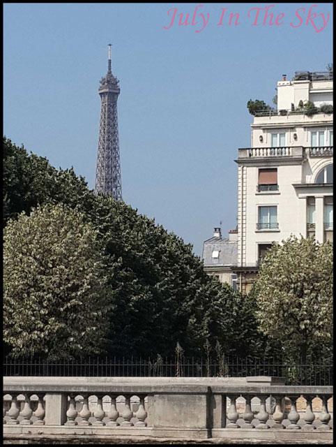 July In The Sky : blog beauté voyage paris métropole été tour eiffel