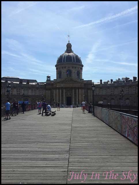 July In The Sky : blog beauté voyage paris métropole été academie francaise